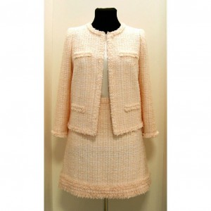 Tweed boucle suit
