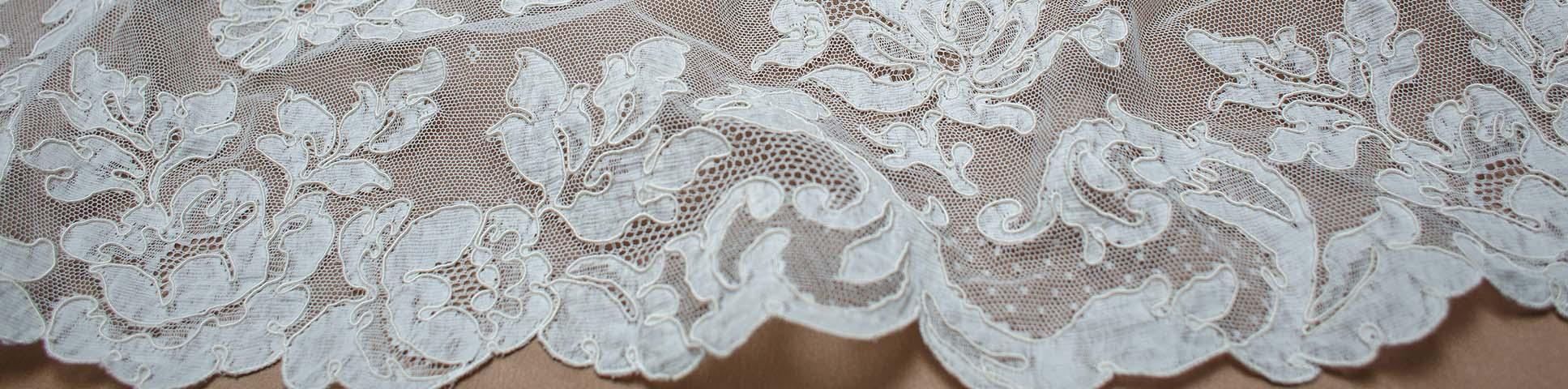 Lyon lace